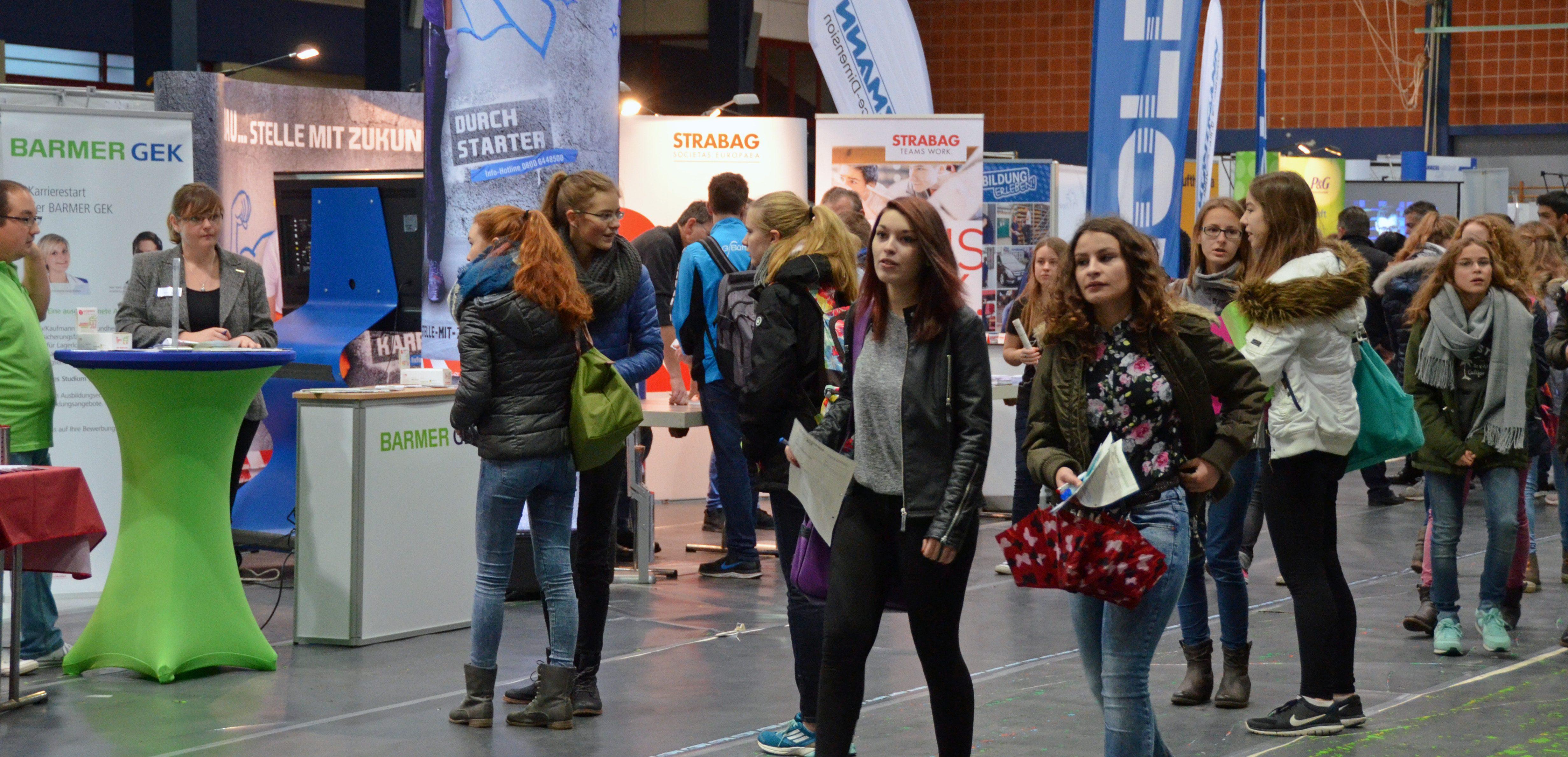 Besucher der Ausbildungsbörse-GG 2015